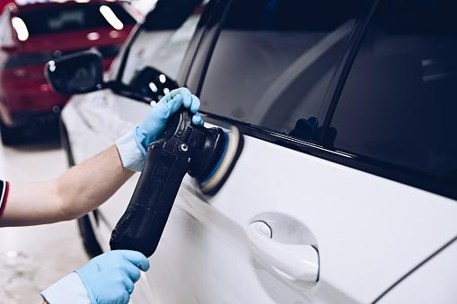 Comment et pourquoi rénover sa voiture?
