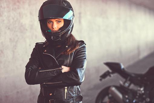 Comment choisir une moto pour femmes?
