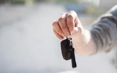 Acheter une voiture d'occasion: ce que vous devez savoir sur le changement de propriétaire d'une carte grise